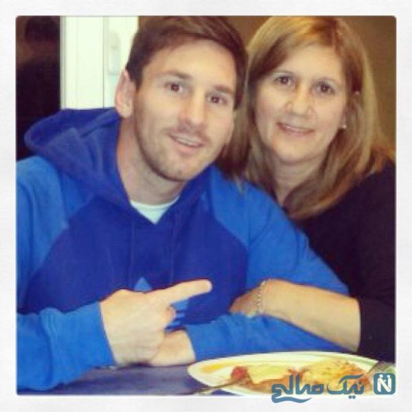 لیونل مسی و مادرش