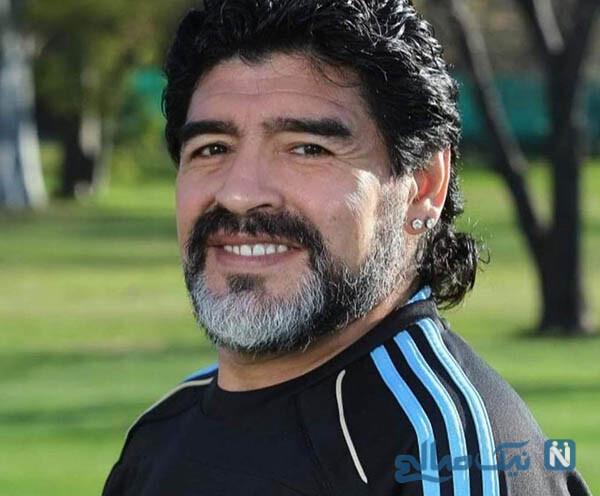 دیگو مارادونا و برادرش هوگو زمانی که در کنار هم به میدان می رفتند