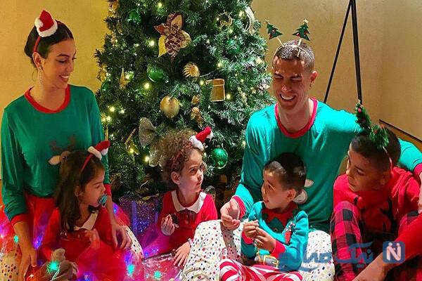 ستاره های فوتبال جهان در کریسمس پارتی با خانواده از مسی تا رونالدو