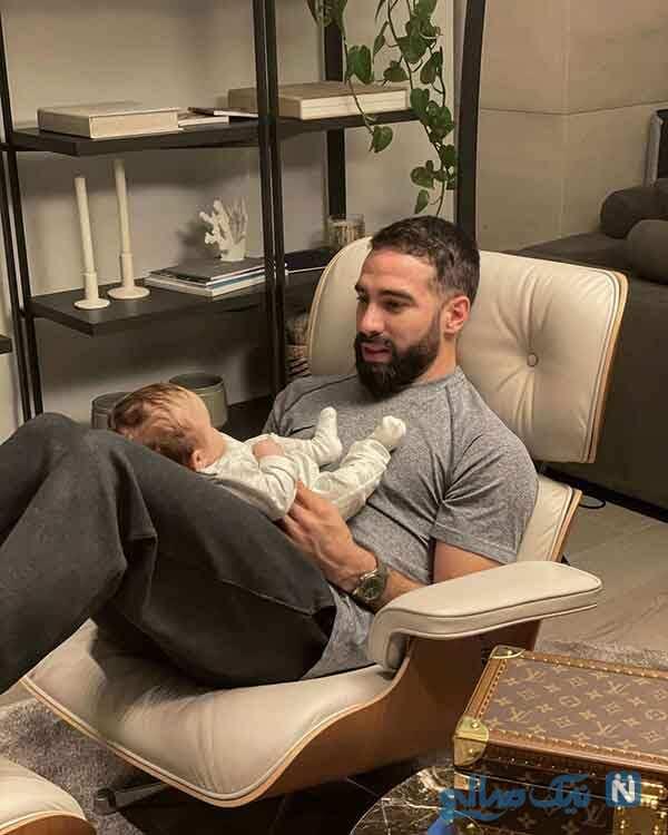 دنی کارواخال و دخترش