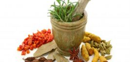 رفع سردرد روزه داران در ماه رمضان با طب سنتی