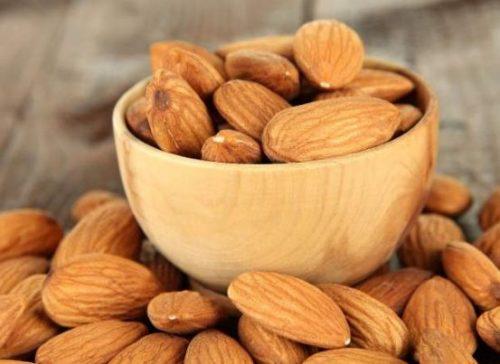 مصرف بادام و کالری و ارزش تغذیه ای این دانه روغنی!