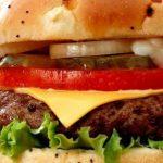 آسیب هایی که مصرف فست فودها به سلامت بدن وارد میکنند!