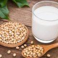 مزیت هایی که مصرف شیرسویا برای بدن دارد را بدانید!