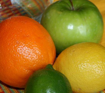 میوه هایی با کمترین محتوای قند برای دیابتی ها