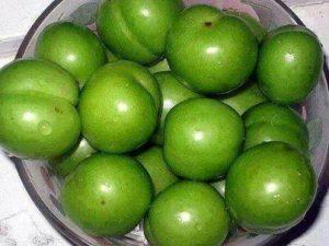 گوجه سبز میوه ای برای نابودی سلول های سرطانی!
