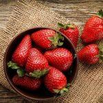 پیشگیری از سرطان سینه با توت فرنگی!
