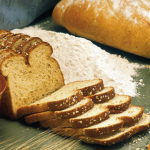 خوردن نان سبوس دار چه تاثیری برروی اندام شما می گذارد؟!