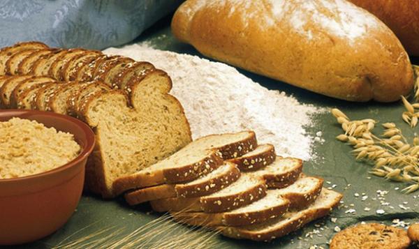 خوردن نان سبوس دار