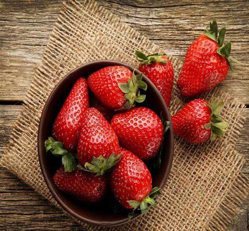 فواید درمانی توت فرنگی این میوه خوشمزه!