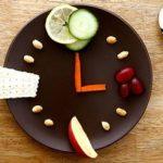 ساعت مناسب غذا خوردن برای داشتن تناسب اندام!