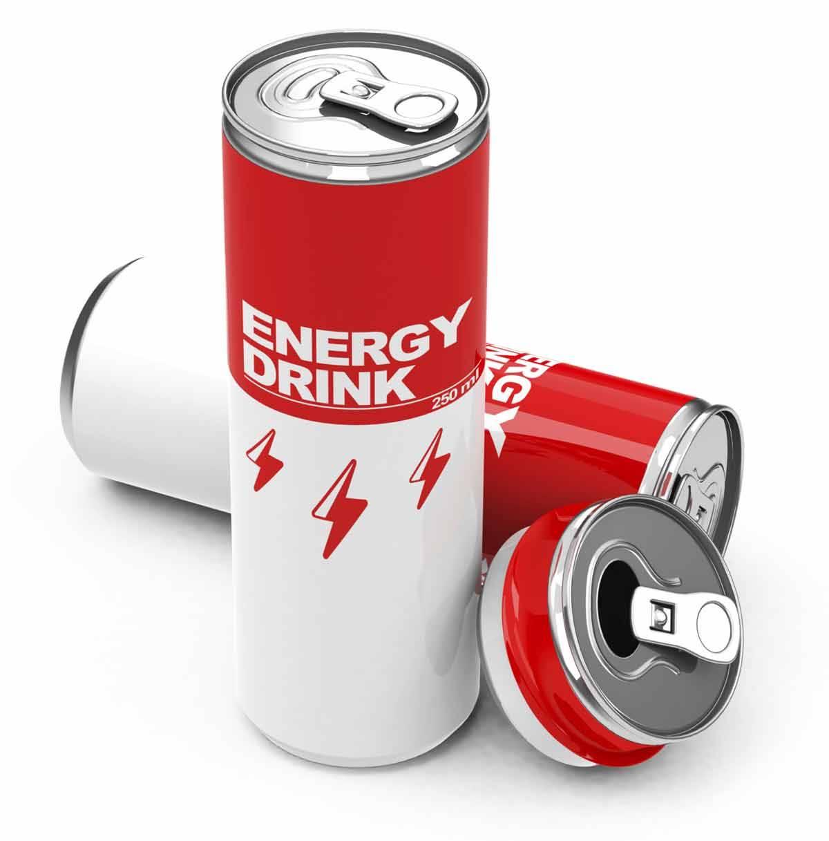 عوارض خطرناک نوشابه های انرژی زا