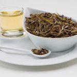 نوشیدن چای سفید چه فایده هایی دارد؟!