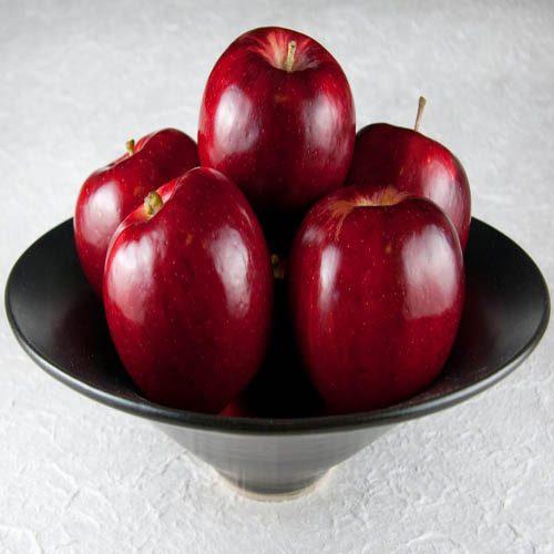 پنج دلیل برای خوردن روزی یک عدد سیب!