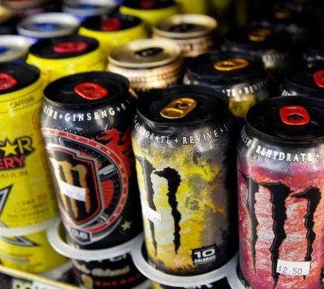 عوارض نوشیدنی های انرژی زا