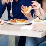 تغذیه مناسب قبل از خواب باید چگونه باشد؟!