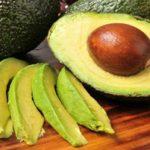 خواص فوق العاده مصرف میوه آووکادو برای بانوان!