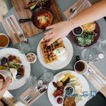 زمان هضم غذاهای مختلف در معده چقدر است؟