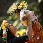 دیدنی های جذاب روز – پنجشنبه ۲۵ بهمن! از جشنواره بهار در بنگلادش تا دانشآموزان یمنی