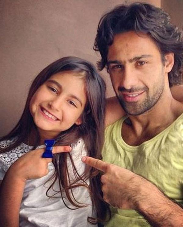 فرهاد مجیدی در کنار دخترش+عکس