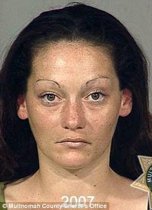 تصاویری از قبل و بعد زنان و مردان معتاد
