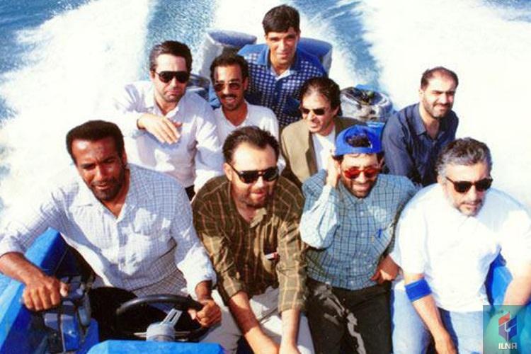 نمایی قدیمی از رضا کیانیان و ابراهیم حاتمیکیا در قایق!+عکس