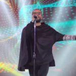 ترانه سلام بمبئی برای بنیامین بهادری خواننده کشورمان دردسرساز شد!+تصاویر