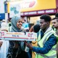 دیدنی های جذاب روز – شنبه ۱۱ خرداد! از افطاری در انگلیس تا دوچرخه سواری تور ایتالیا