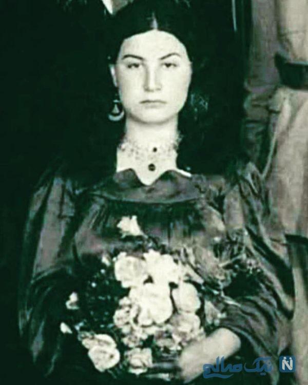 آناهیتا همتی