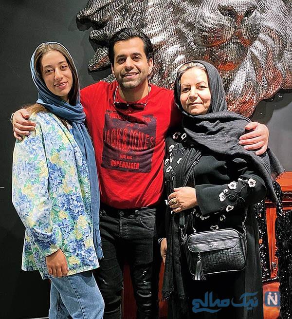 رضا بهرام با مادر و خواهرش