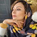 یکتا ناصر در نیسان آبی با لباس عروس تا علی اوجی و مادرش