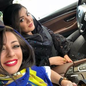 چهره ها در شبکه های اجتماعی (۵۷۹) از تشکر مهراب قاسمخانی از نرگس کلباسی تا شوخی آزاده نامداری با عکس دخترش!