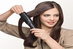 هنگام اتو کشیدن مو باید خشک، خیس یا نمناک باشه