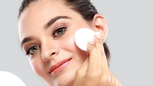 روشهای کاهش چربی پوست
