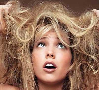 علت خشک شدن موها
