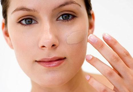 قبل از آرایش با توجه به رنگ پوست خود زیر سازی کنید