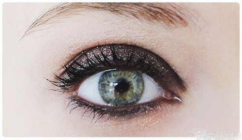 آموزش آرایش چشم دودی به همراه سایه اکلیلی+تصاویر
