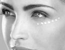 در چه سنی استفاده از کرم دور چشم را شروع کنیم؟