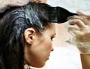 چهار مرحله ساده برای رنگ کردن مو در منزل!