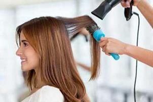 برس های آرایشی و کاربردهای مختلف شان برای حالت دادن مو!