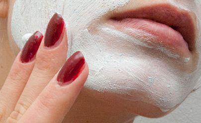 اسکراب صورت چیست و چه فایده هایی برای پوست دارد؟!