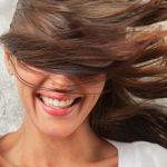 انتخاب نرم کننده مناسب برای جلوگیری از آسیب رسیدن به موها