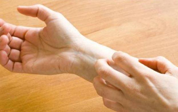 احساس خارش پوست را با روش هایی موثر کاهش دهید!