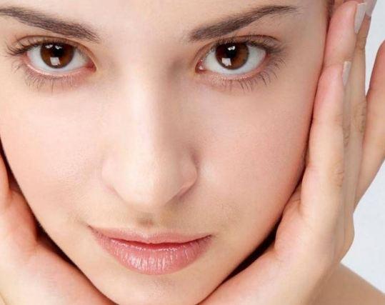 جلوگیری از مشکلات پوستی در فصل زمستان با شش ترفند طلایی!