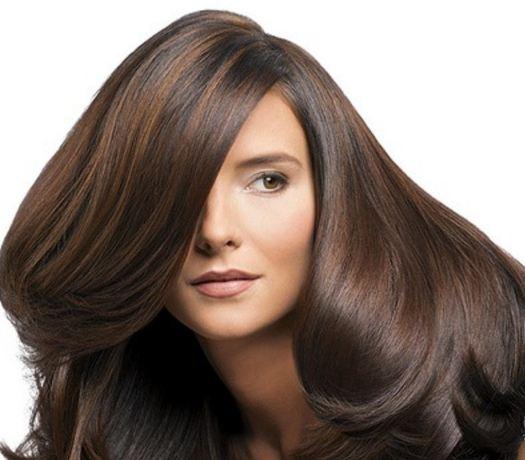 اکستنشن کردن یکی از روش هایی که میتواند موهای شما را زیبا کند!