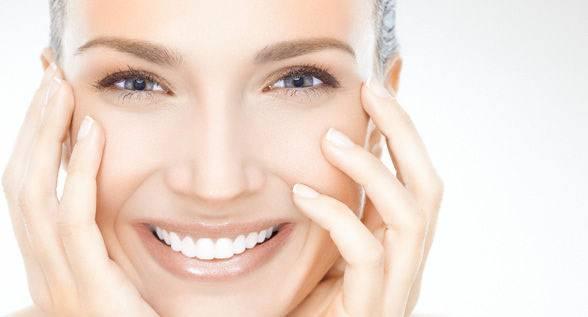 داشتن پوست شفاف و زیبا با ۱۵ ماده طبیعی!