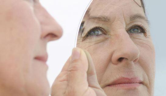 با چه ترفندهایی می توانیم مانع افتادگی پوستمان شویم؟!