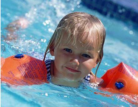 تاثیر کلر برروی موها به هنگام شنا در استخر چیست؟!