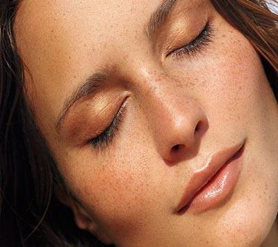 برنزه کردن پوست بدون استفاده از آفتاب و دستگاه(۱)
