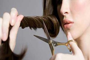 چگونه موهای خود را در منزل کوتاه کنیم؟!